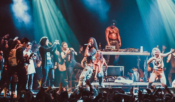Люди, которые привозят западных рэп-артистов — о том, будут ли они это делать при новом курсе рубля 54b7ce0fa35a9