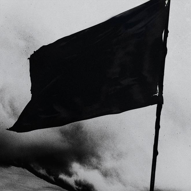 Черный флаг фото